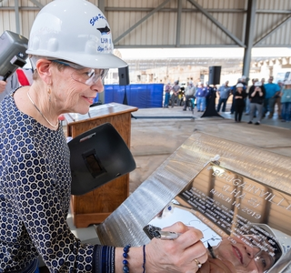 Multimedia Release--Ingalls Shipbuilding Authenticates Keel of America-class Amphibious Warship Bougainville (LHA 8)