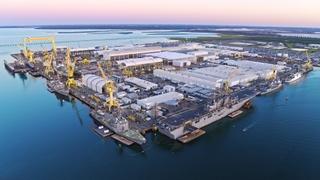 英格尔斯造船厂