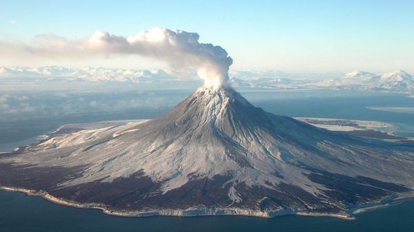 Shifting Ground: AI Analyzes Volcanoes for Signs of Eruption