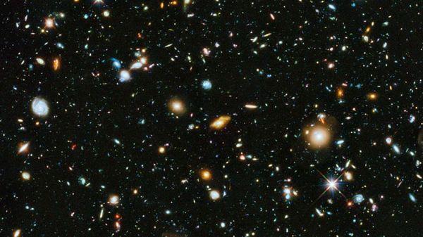 1024px-NASA-HS201427a-HubbleUltraDeepField2014-20140603-842x450