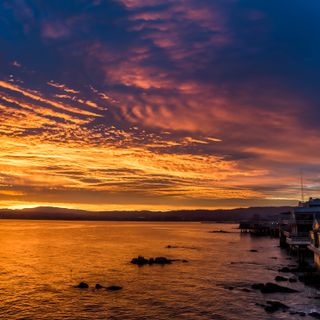 Sunrise over Monterey Bay at the aquarium. ©Monterey Bay Aquarium