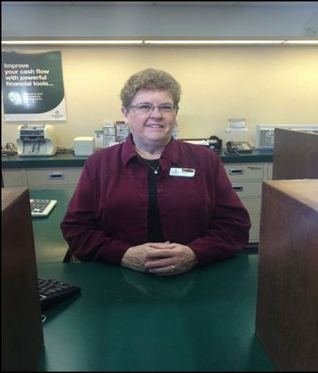 Associated Bank's Marilyn McReath celebrates 50th anniversary, longest tenure with bank