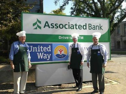 Associated Bank colleagues compete in United Way Chili Cook-Off in Rockford