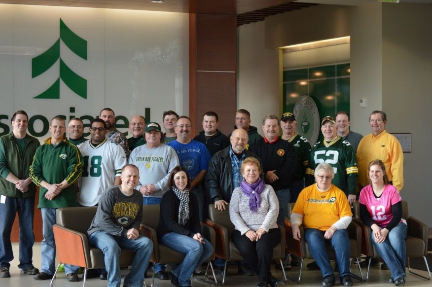Associated Bank hosts veterans for the Packers vs. Lions game