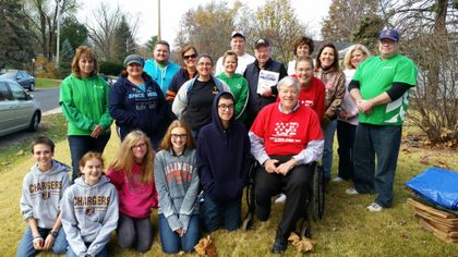 Associated Bank colleagues in Peoria dedicate time to help local veterans