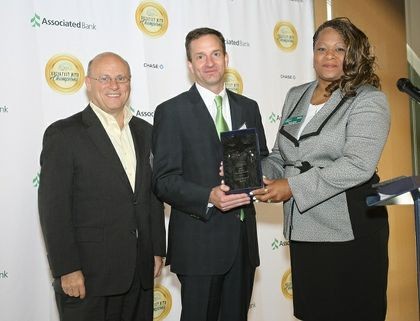 Associated Bank receives community awards from Housing Resources Inc. and Communitas for strengthening the local housing industry
