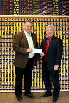 Associated Bank Madison Regional Leadership Team donation supports Middleton Outreach Ministry