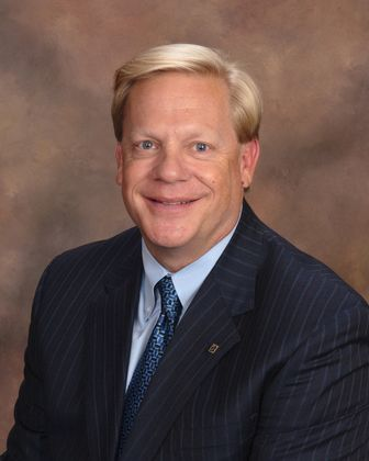 Timothy Schadeberg Leading Associated Bank Business in Area