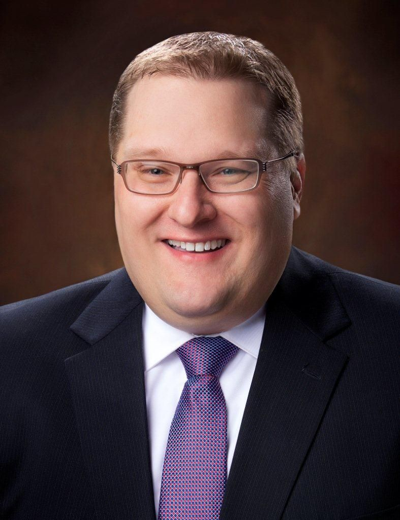 Associated Bank promotes Andrew Brueggeman to vice president, commercial relationship manager
