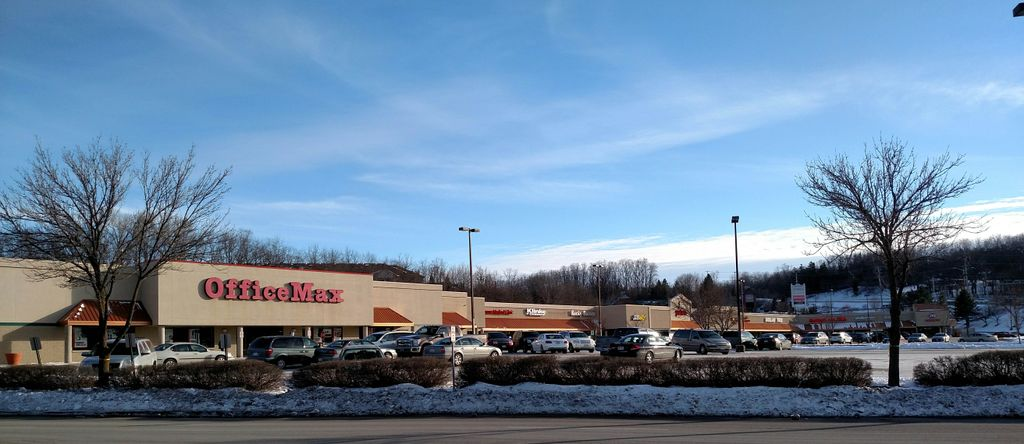 Associated Bank approves $11.4M loan for acquisition of Wal-Mart Center in Delafield