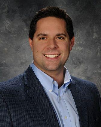 """Jason Eggert of Associated Bank receives Milwaukee Business Journal's """"40 Under 40"""" award"""