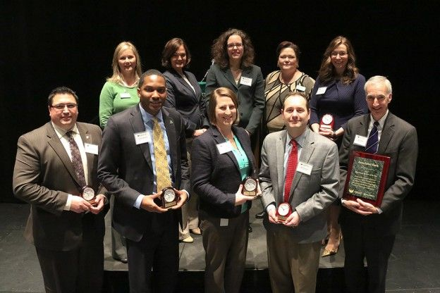 University of Wisconsin – Green Bay presents Associated Bank with Recruitment Partner of the Year award