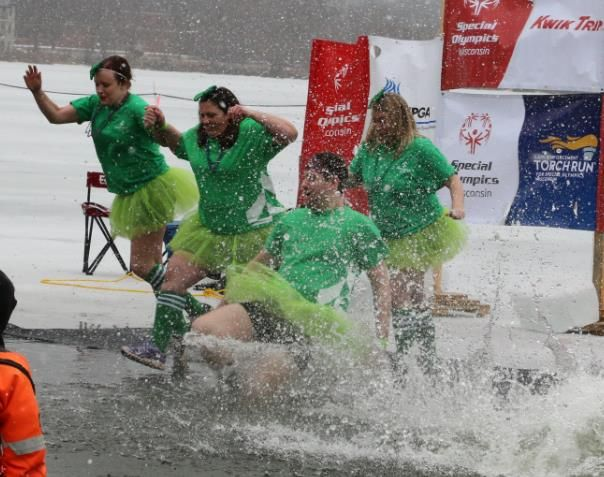 Special Olympics receives support from Associated Bank Chippewa Valley colleagues in annual Polar Plunge