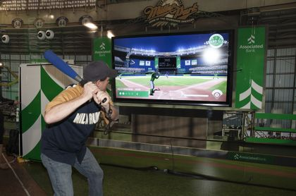 "MILWAUKEE BREWERS: Associated Bank's ""Grand Slam Challenge"" fan experience at Miller Park is a hit!"