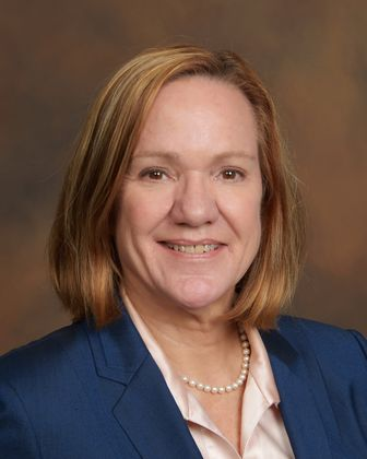 Associated Bank welcomes Sophie Bell Kelley as the Minnesota market director