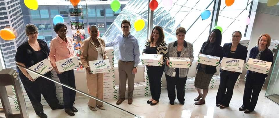 Associated Bank colleagues at Chicago offices participate in a United Way Stock The Box™ campaign.