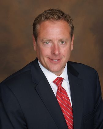 Steven Clifford has been promoted to senior vice president, relationship manager with Associated Bank