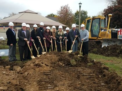 Associated Bank celebrates ground breaking of new Lake Geneva branch