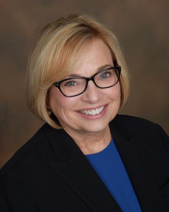 Associated Bank welcomes Patti A. Abel as community market president for Peoria