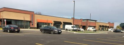 Associated Bank completes $14.5M loan for retail project adjoining Woodfield Mall in Schaumburg, Illinois
