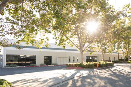 Associated Bank completes $4.7M bridge loan for industrial property in Hayward, Calif.