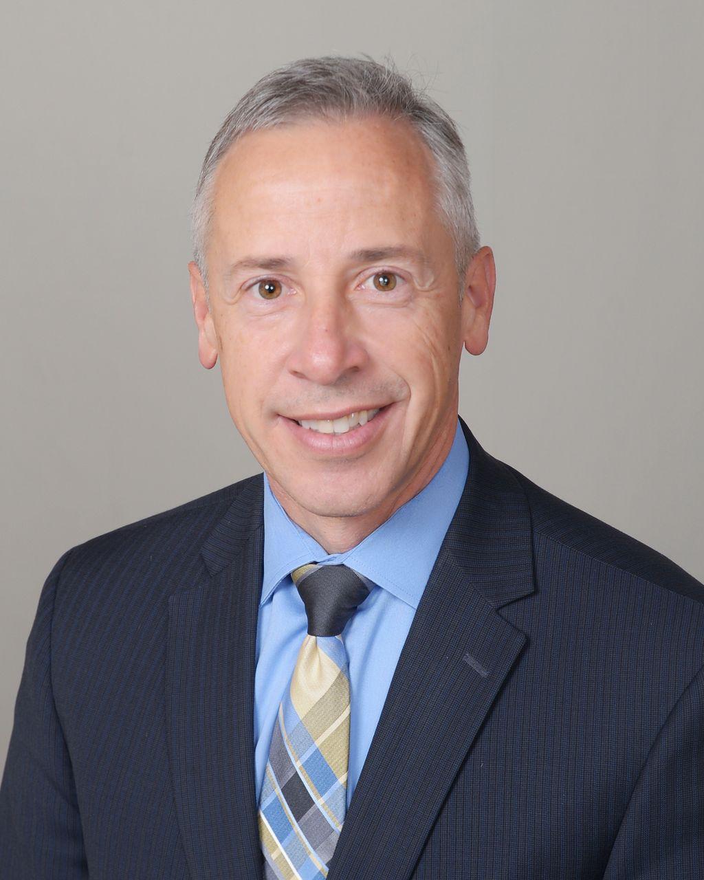 Gus Hernandez