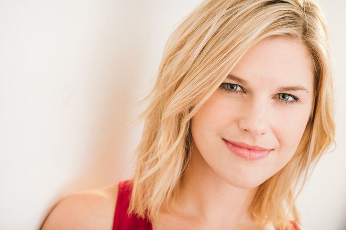 Rachel Avery - Host