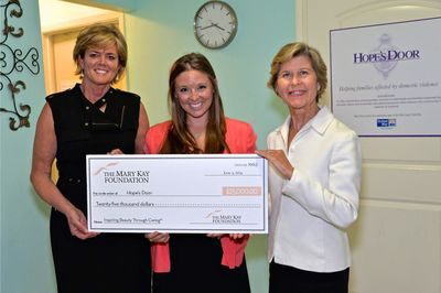 Mary Kay Foundation donates $25,000 to Hope's Door