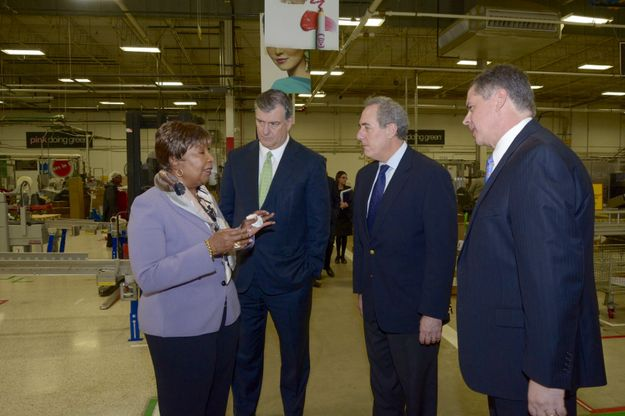 U.S. Trade Representative Michael Froman Visits Mary Kay Manufacturing Facility