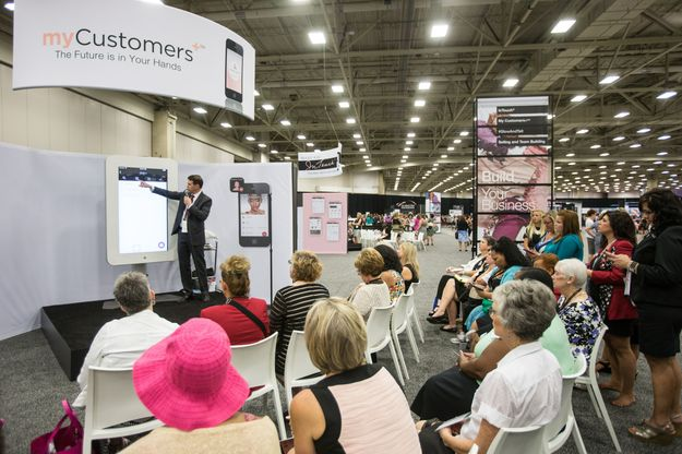 Modern, Mobile + Connected - Changing Face of Mary Kay Convenes for U.S. Seminar 2