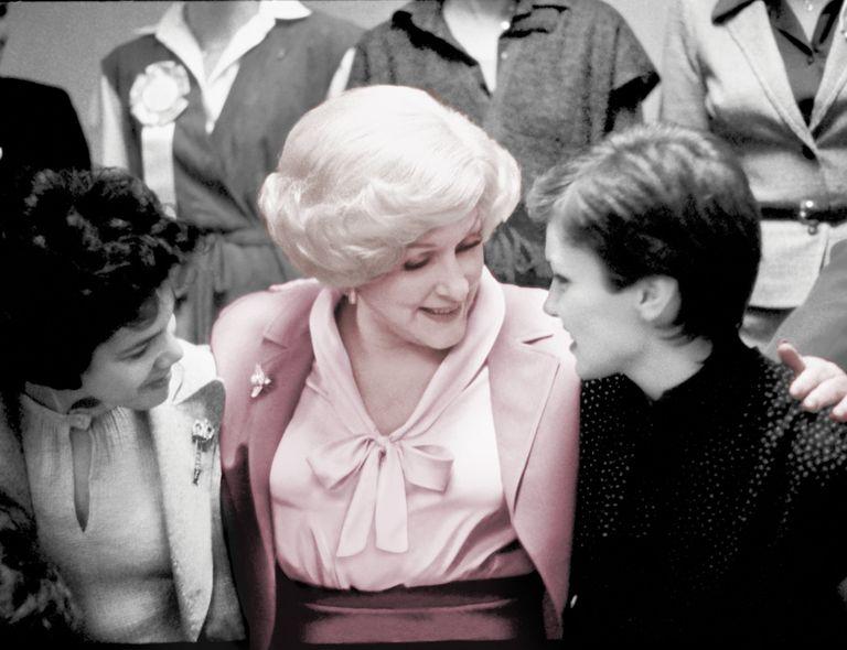Mary Kay Ash, la legendaria empresaria y filántropa, entre las cien mujeres más influyentes del siglo, según USA TODAY.