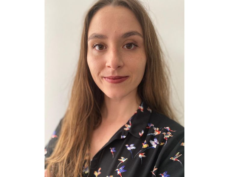 Dr. Liliana Patrícia Reis Teixeira, PhD, a radiation biologist and biophysicist from Portugal, the first recipient in Portugal of the new International Postdoctoral Scholars in Cancer Research Fellowship at UT Southwestern Medical Center in Dallas, Texas.