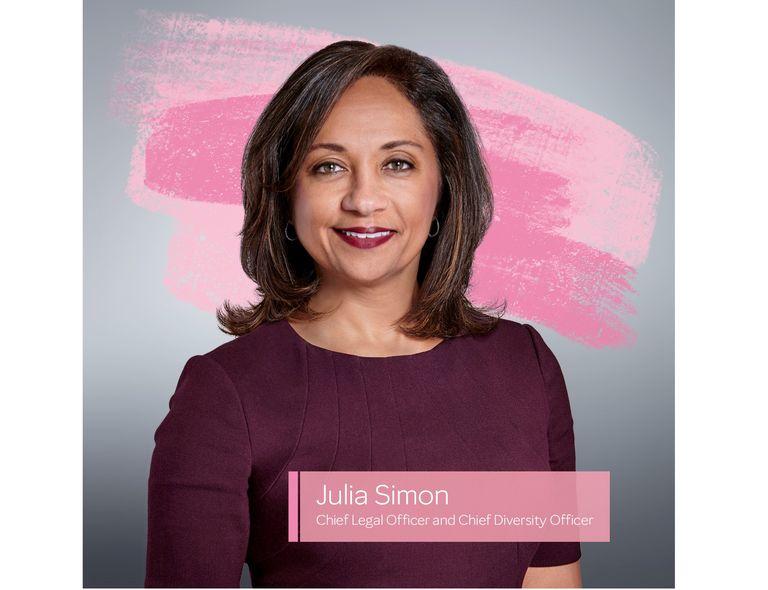 Julia Simon, directora de asuntos jurídicos y diversidad.