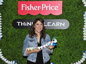 Preschoolers Discover 21st Century Skills At Fisher-Price Think-a-Thon, With Host Mayim Bialik