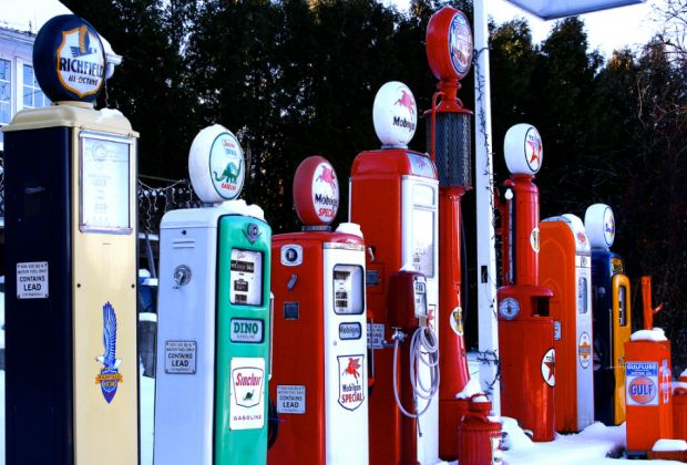 Vintage gas pumps by Liz West