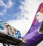 Top Street Artists Turn Hawaiian Airlines Service Vehicle into Canvas