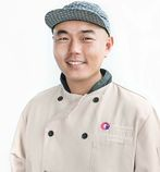 Hawaiian Airlines Partners with Chef Chang-Wook Chung to Develop Meals for Korea Flights