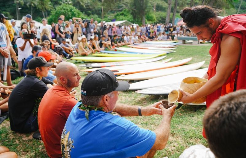 Eddie_Opening_Ceremony_120519-07