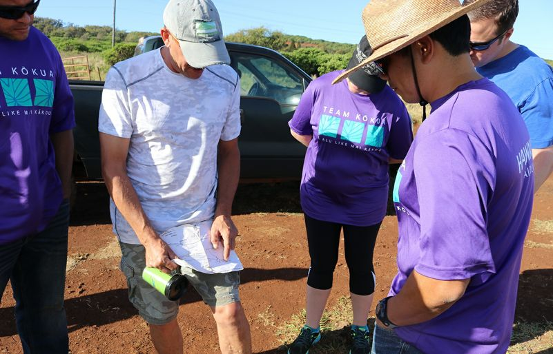 Molokai Land Trust explaining the route 2