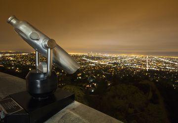 Skyline @ Griffith w/telescope
