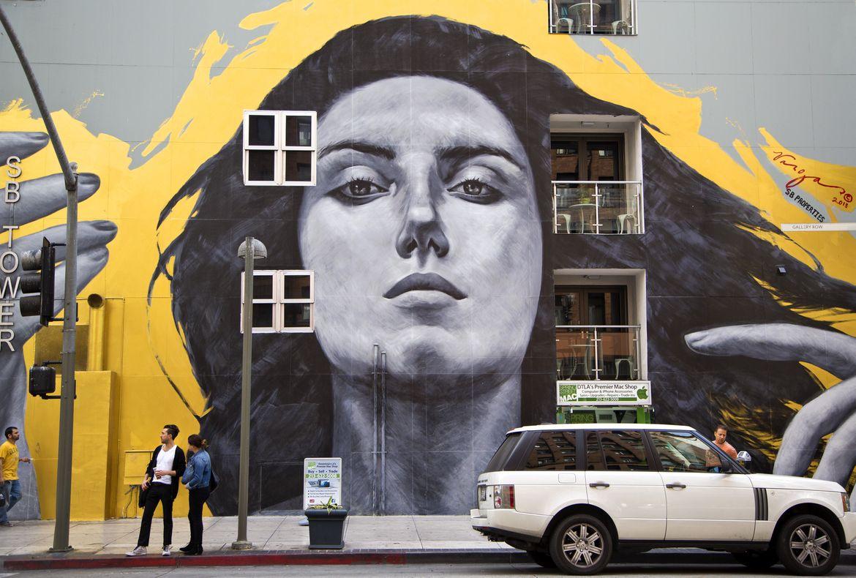 SB Tower - mural