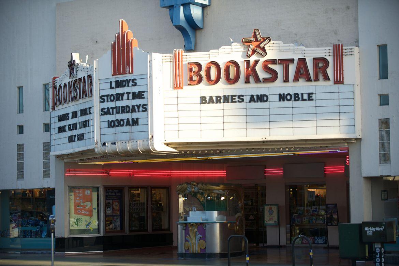 Bookstar Barnes and Noble