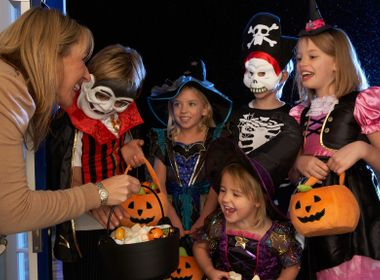Six Safety Tips for Halloween Night and the Time Change