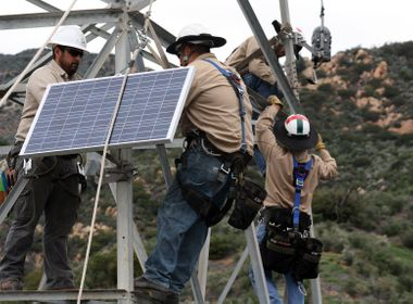 'FlameSniffers' Mounted on SCE Transmission Towers in Fire Detection Pilot