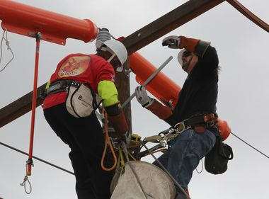 Linemen to Bring West Coast Skills to International Lineman's Rodeo
