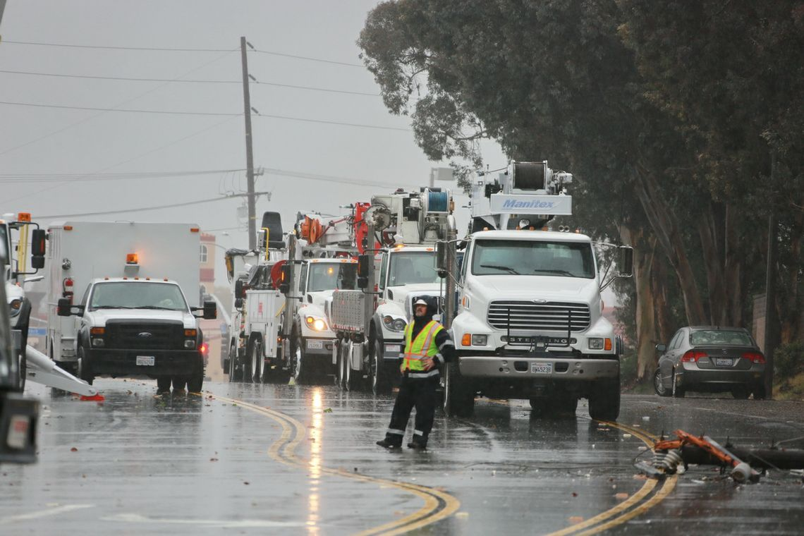 SCE crews and storms
