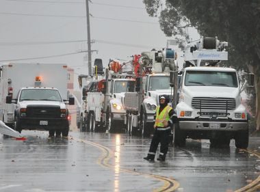 SCE Crews Respond to Heavy Rain, Wind Throughout Southland