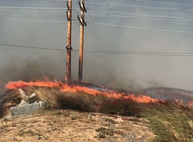 SCE Crews Work With First Responders to Gain Access to Fire-Damaged Areas