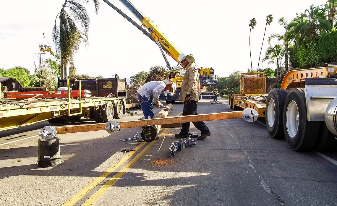 SCE Crews Make Repairs in SoCal Wildfire Areas OK'd by First Responders
