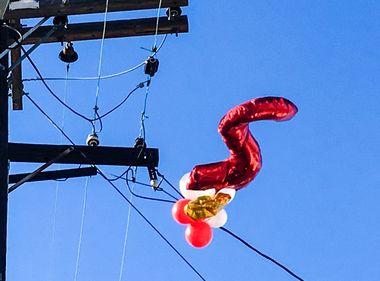 Celebrate Safely With Metallic Balloons